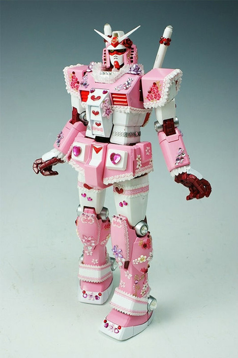 Deco-Gundam figure --