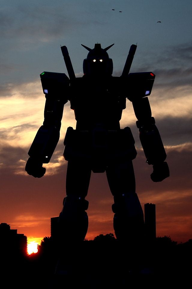 Odaiba Gundam at sunset --