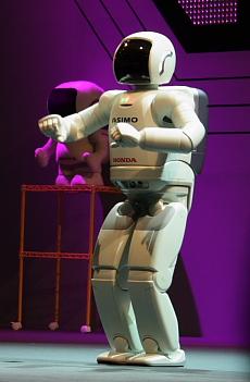Asimo at Robo Japan 2008 --